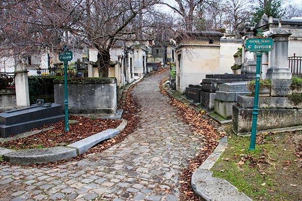 50th division of Père Lachaise Cemetery