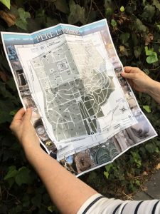 Fold-out map of Père-Lachaise Cemetery