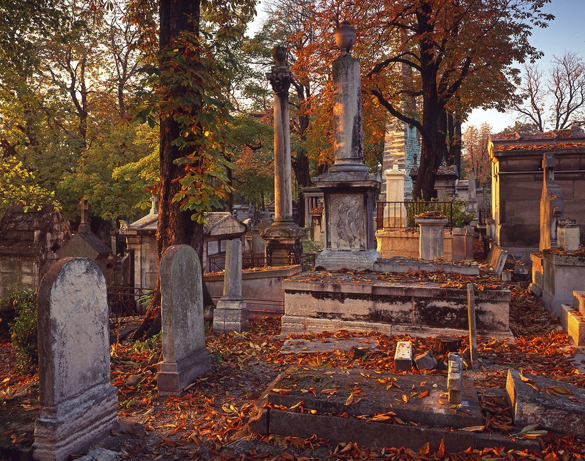 Père Lachaise Cemetery in Autumn